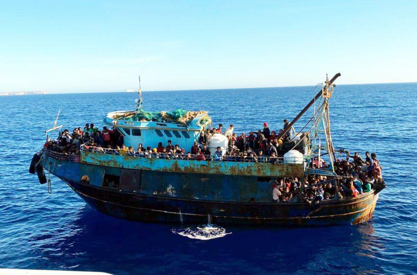 Más de 2.000 migrantes llegaron a Lampedusa en las últimas 24 horas