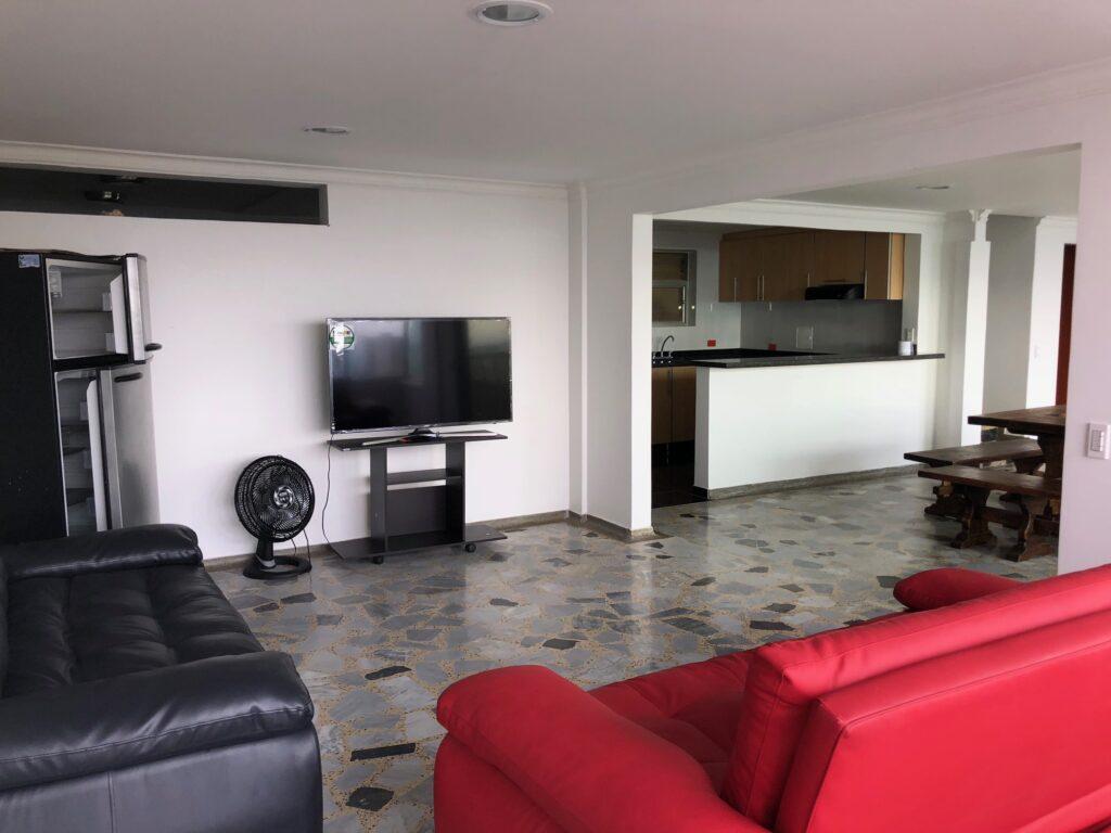 Se arrienda por precio económico, un amplio apartamento en El Caudal - Noticias de Colombia