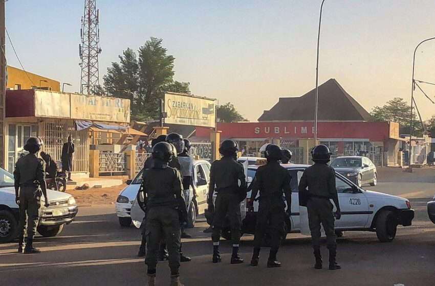 Mueren 15 soldados nigerinos en una nueva emboscada de grupos armados
