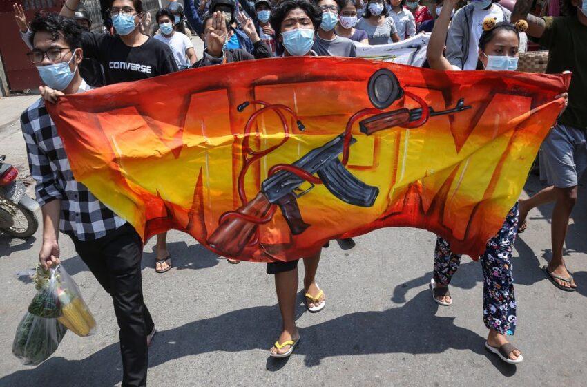 Los birmanos continúan su resistencia 100 días después del golpe militar