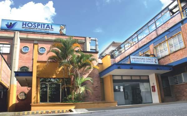 Hospital de Villavicencio donde el personal médico y enfermeras se sacrifican día y noche para salvar vidas