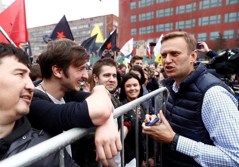 Ilegalizan al movimiento político de Navalni y el opositor dice que no se rendirá