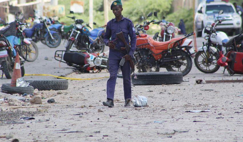 Al menos 13 soldados muertos en un atentado en la capital de Somalia