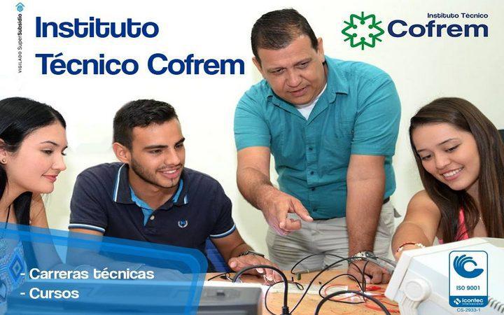 Ciento veintisiete estudiantes se graduaron en el Instituto Técnico de Cofrem