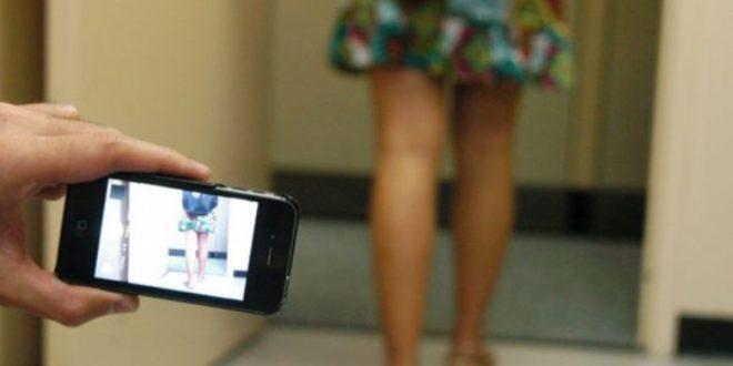 Desalmada mujer facilita a sus dos hijas para actuar en actos de pornografía