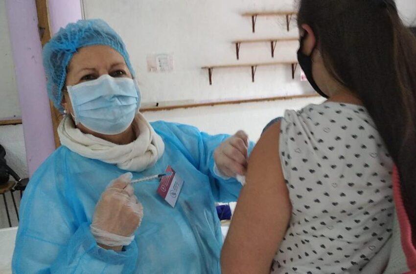 Vacunación para las personas de 16 hasta los 59 años con comorbilidad o enfermedad de base