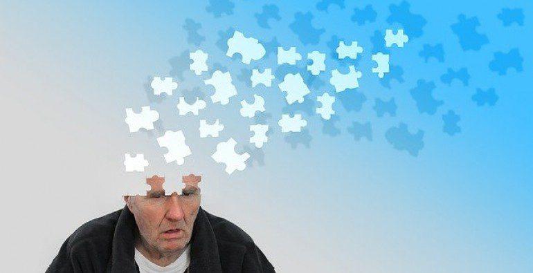Agencia de medicamentos aprobó una droga para tratar el Alzheimer