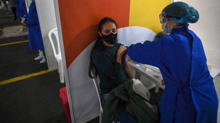 18.206 contagios y 476 muertes por covid-19