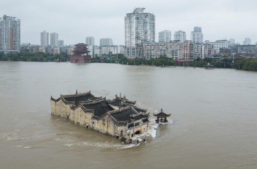 Dos represas se derrumban en el norte de China tras fuertes lluvias