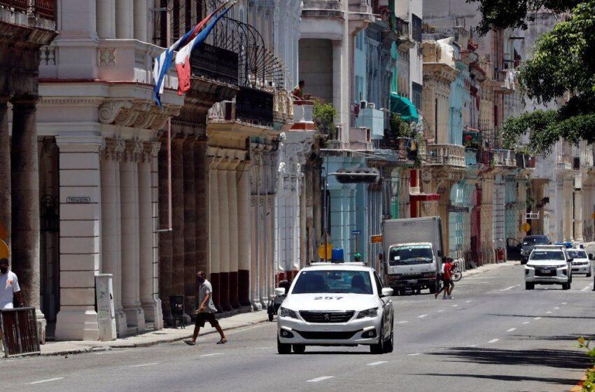 Cuba vuelve a la rutina, aún sin internet ni cifra de detenidos en protestas
