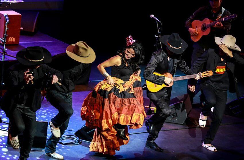 Con el Concierto Llanero en el Teatro Colón Cimarrón se cubrió de gloria en Bogotá