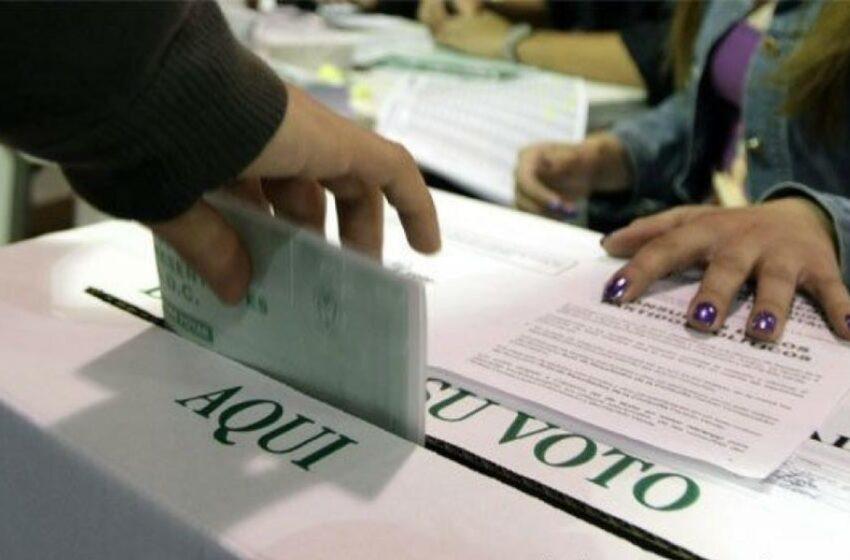 Las mujeres y los jóvenes la clave para las próximas elecciones, señalan expertos en la política