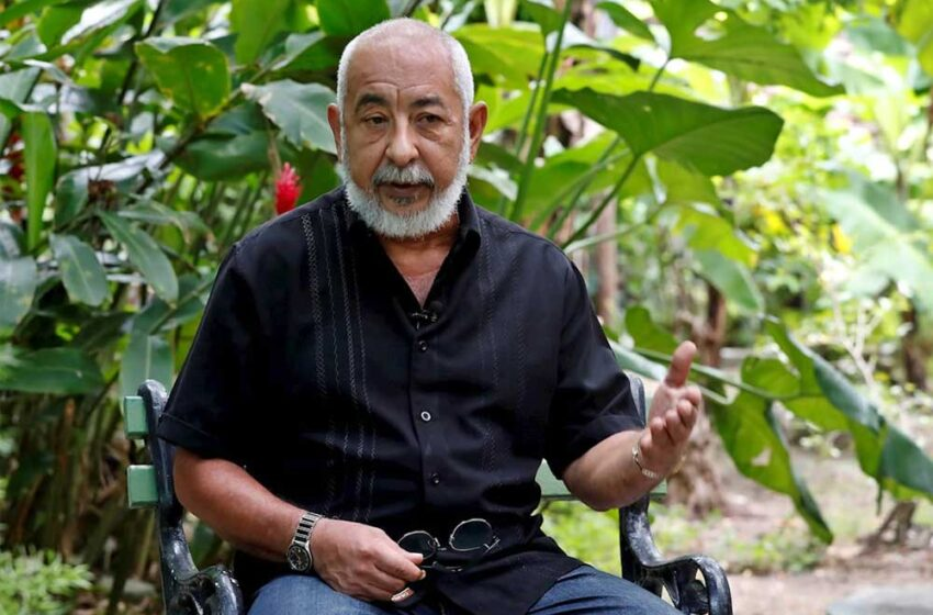 Los problemas de Cuba deben resolverse entre cubanos, señala el escritor Padura