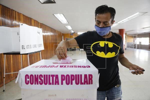 Gana el 'Sí' a juzgar a expresidentes mexicanos pero con baja participación