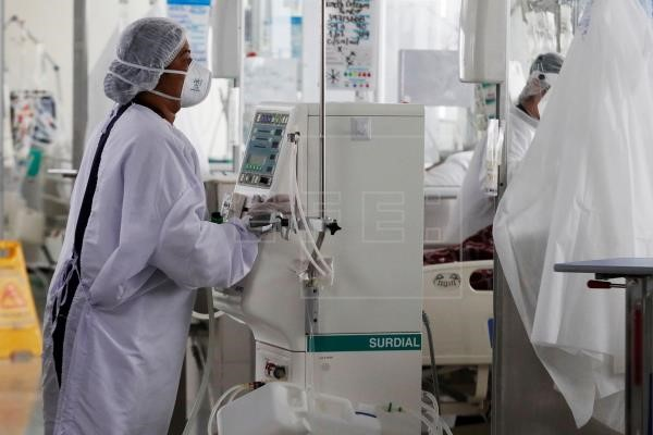 Colombia suma 1.935 nuevos casos y 93 fallecidos por covid-19