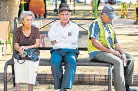 En Colombia aumenta considerablemente la población de los mayores de 65 años