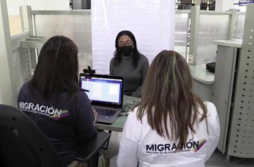 Registro biométrico acerca a venezolanos a regular su situación en Colombia