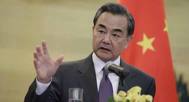El canciller chino rechaza la idea de que Seúl se sume a la alianza de espionaje de EE.UU.