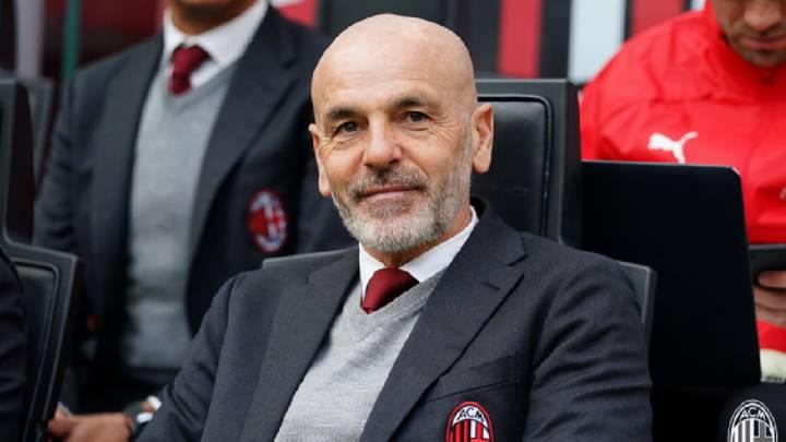 El Guajiro Díaz frente al Milan en Italia, es calificado como el mejor jugador por el entrenador Stefano Pioli