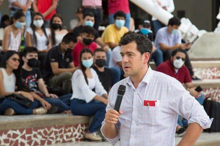 Quiero ser presidente para el cambio y servir a la  sociedad, afirma Rodrigo Lara