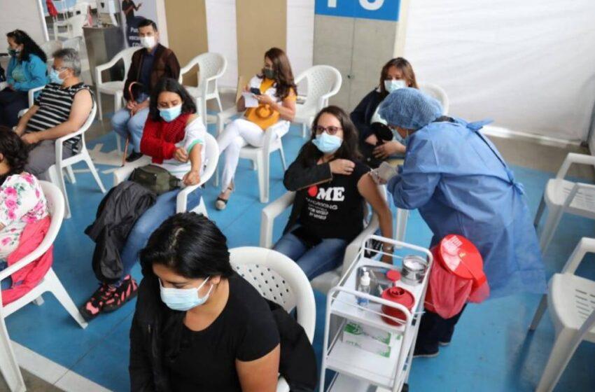 Colombia suma 1.211 nuevos contagios de covid-19 y otros 30 fallecidos