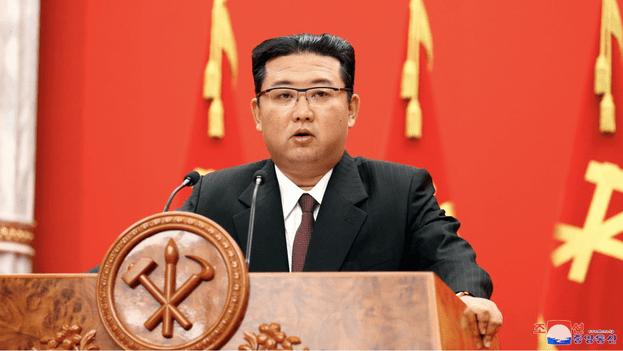 Kim Jong-un defiende el derecho de su país a desarrollar armamento