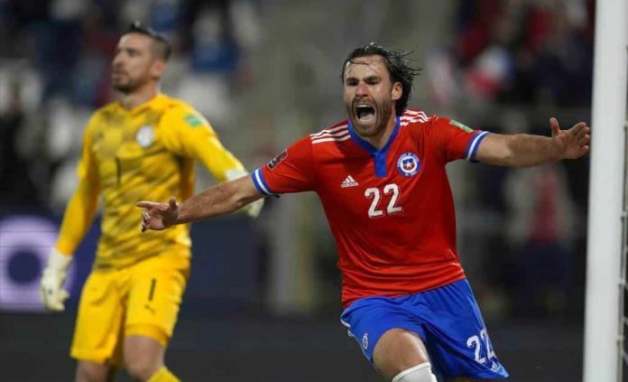 Chile logra su segunda victoria de las eliminatorias venciendo a Paraguay
